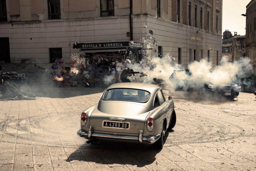 Aston Martin donut Matera.